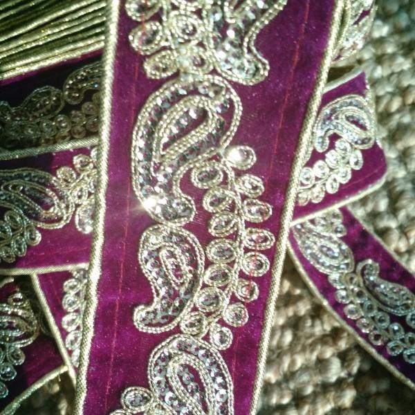 Hand Embroidered 1 7 8 Quot Violet Gold Velvet Trim Lace