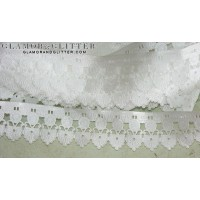 "1 1/2"" Wide White Bridal Fan Medallion Scalloped Edge Embossed Lace Trim TW106"